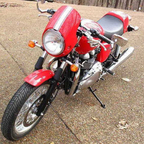 2010 Triumph Thruxton Red w/ White Stripe