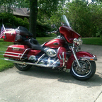2008 Harley Davidson FLHTCU / Ultra Classic