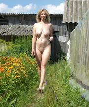 Nudist women